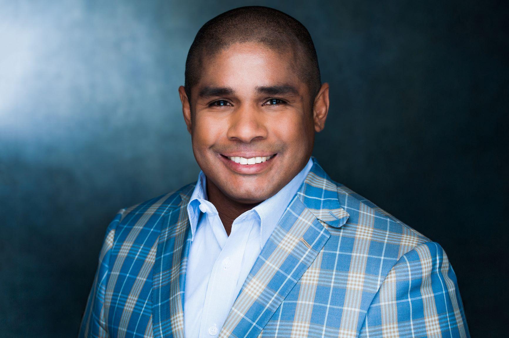 BARJES R. ANGULO  Your Financial Advisor