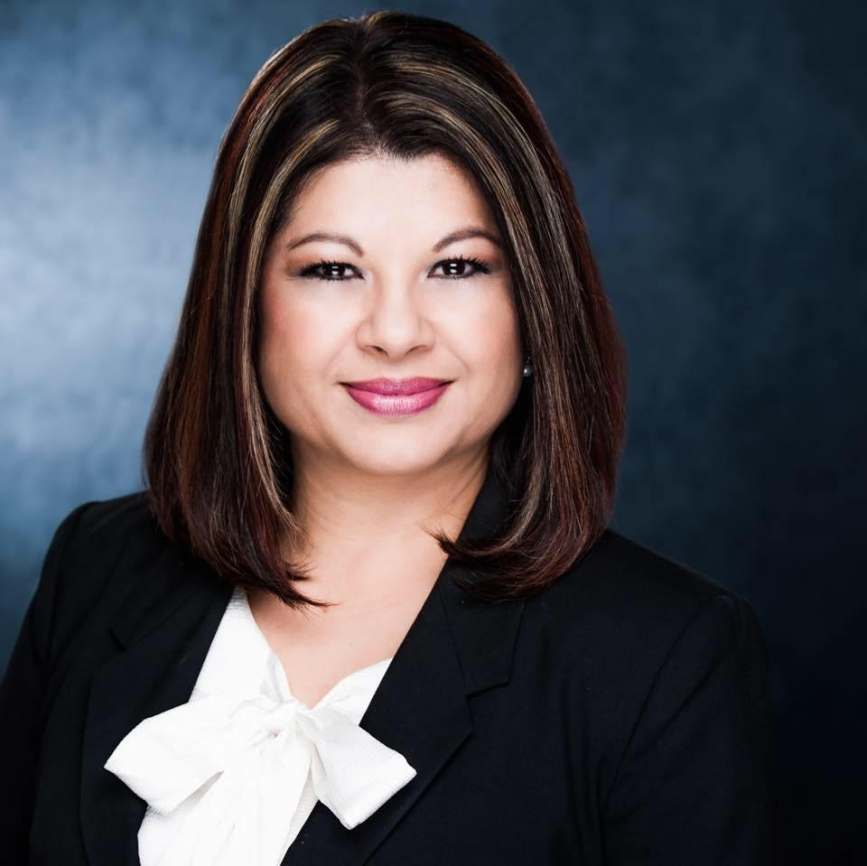 MINERVA DEL ROCIO FLORES Financial Professional & Insurance Agent