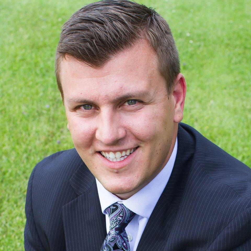BRADLEY LANINGA  Your Financial Advisor