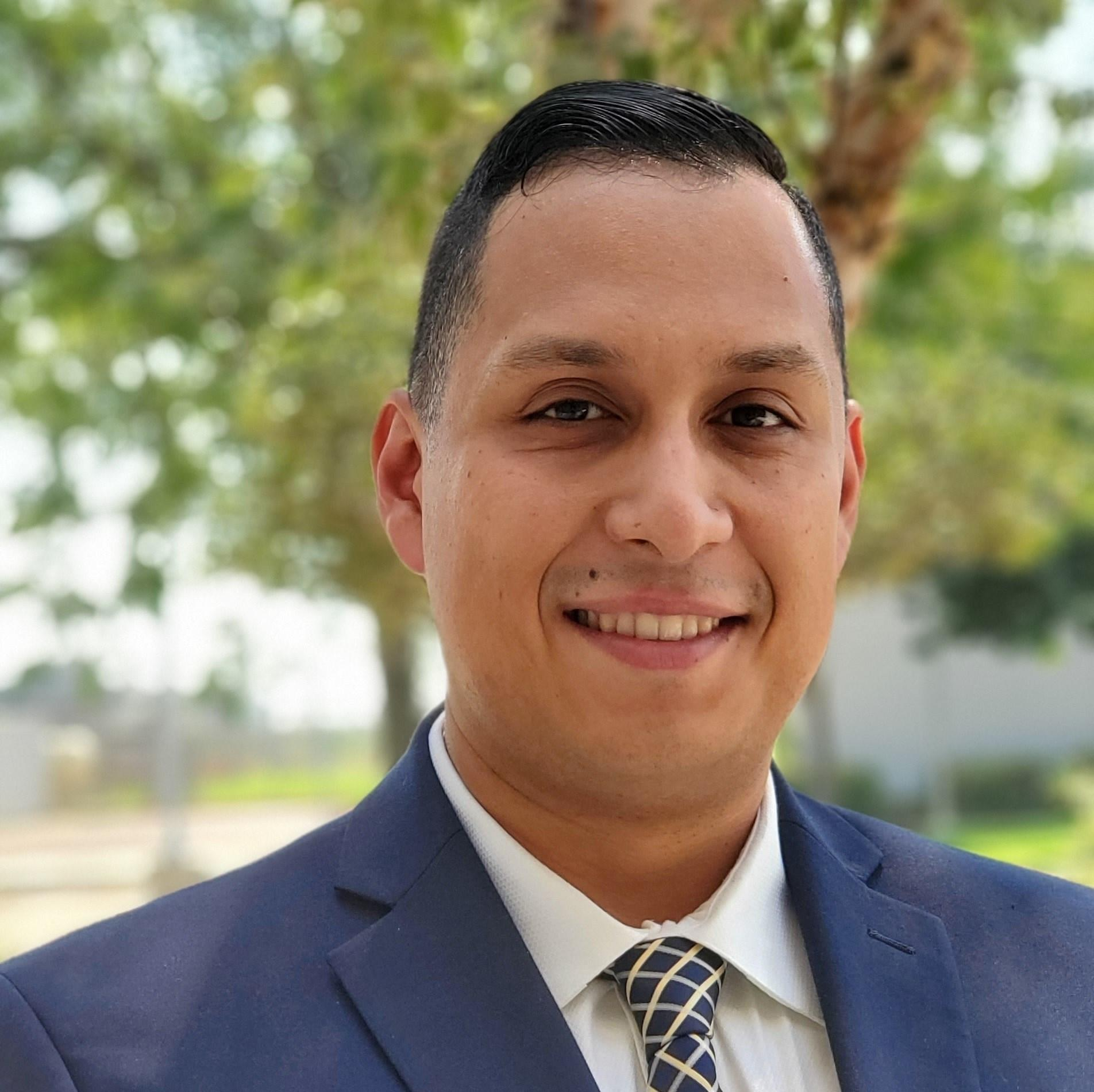 JORGE CRUZ Financial Professional & Insurance Agent