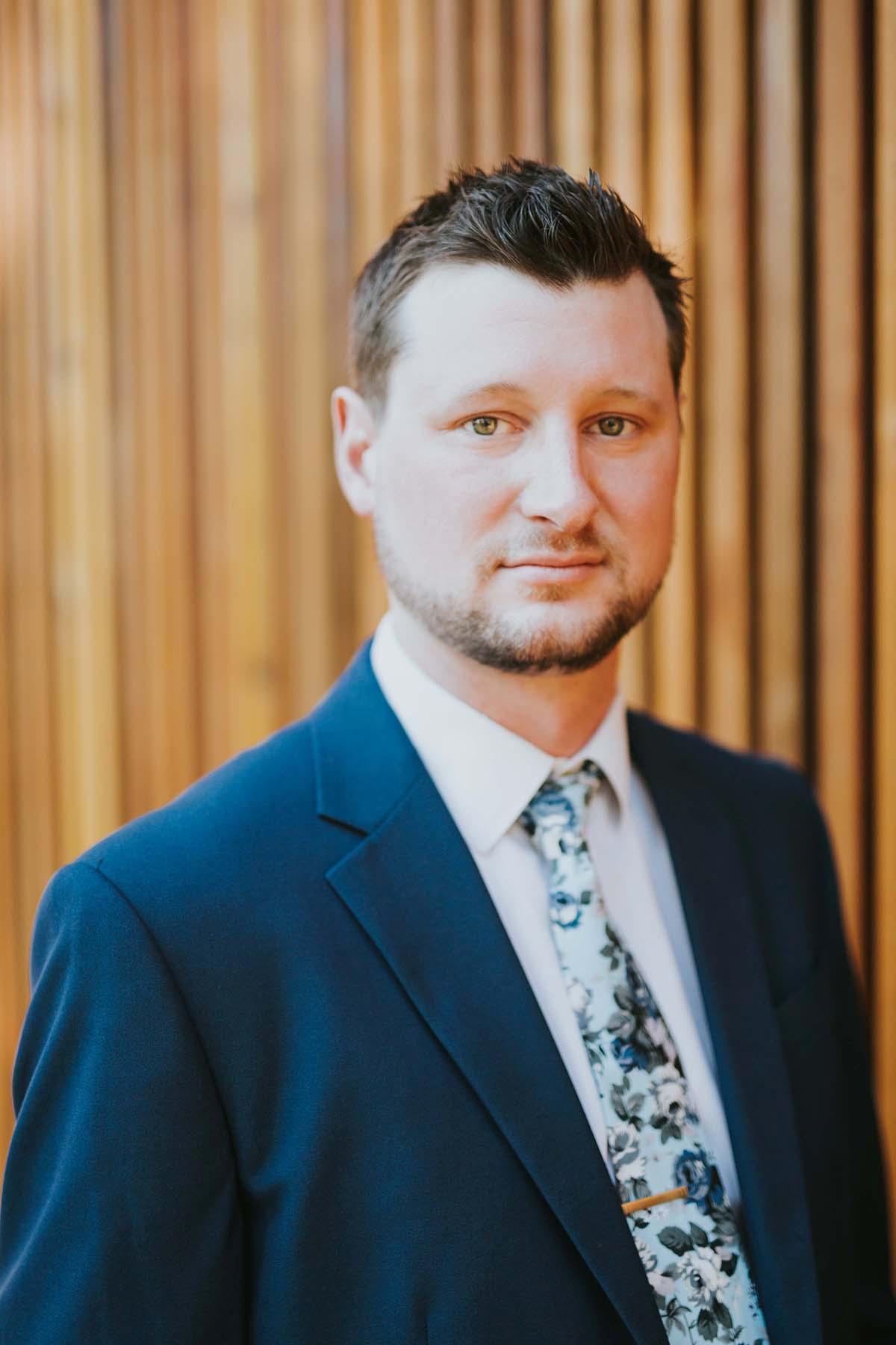 ROBERT LEO BARRETT  Your Financial Professional & Insurance Agent