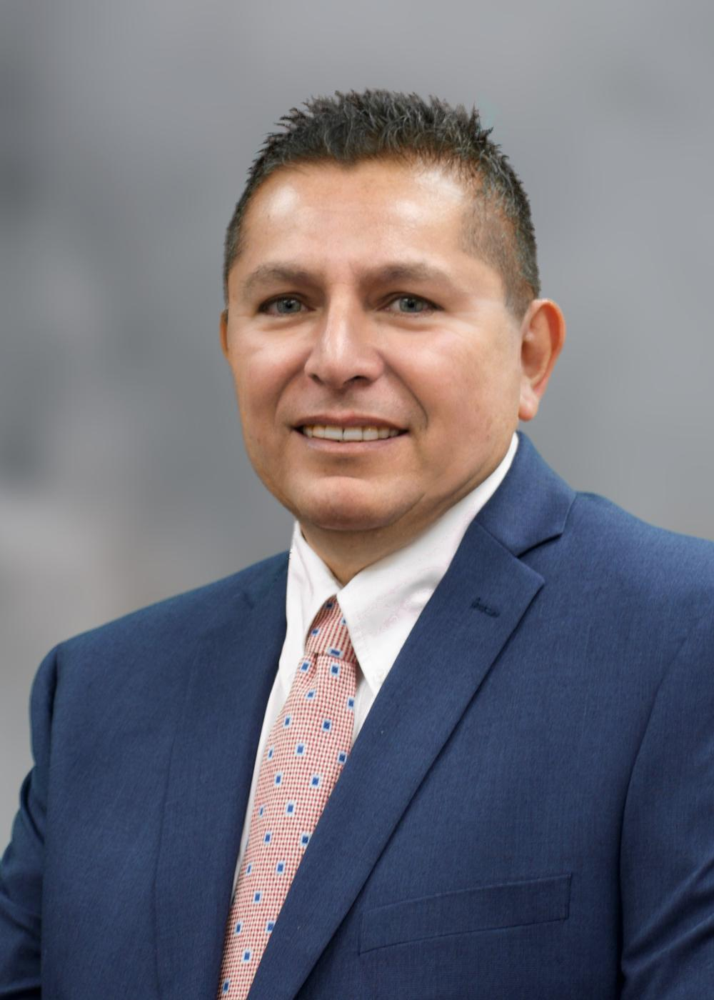 FRANK LUNA GUTIERREZ Financial Professional & Insurance Agent