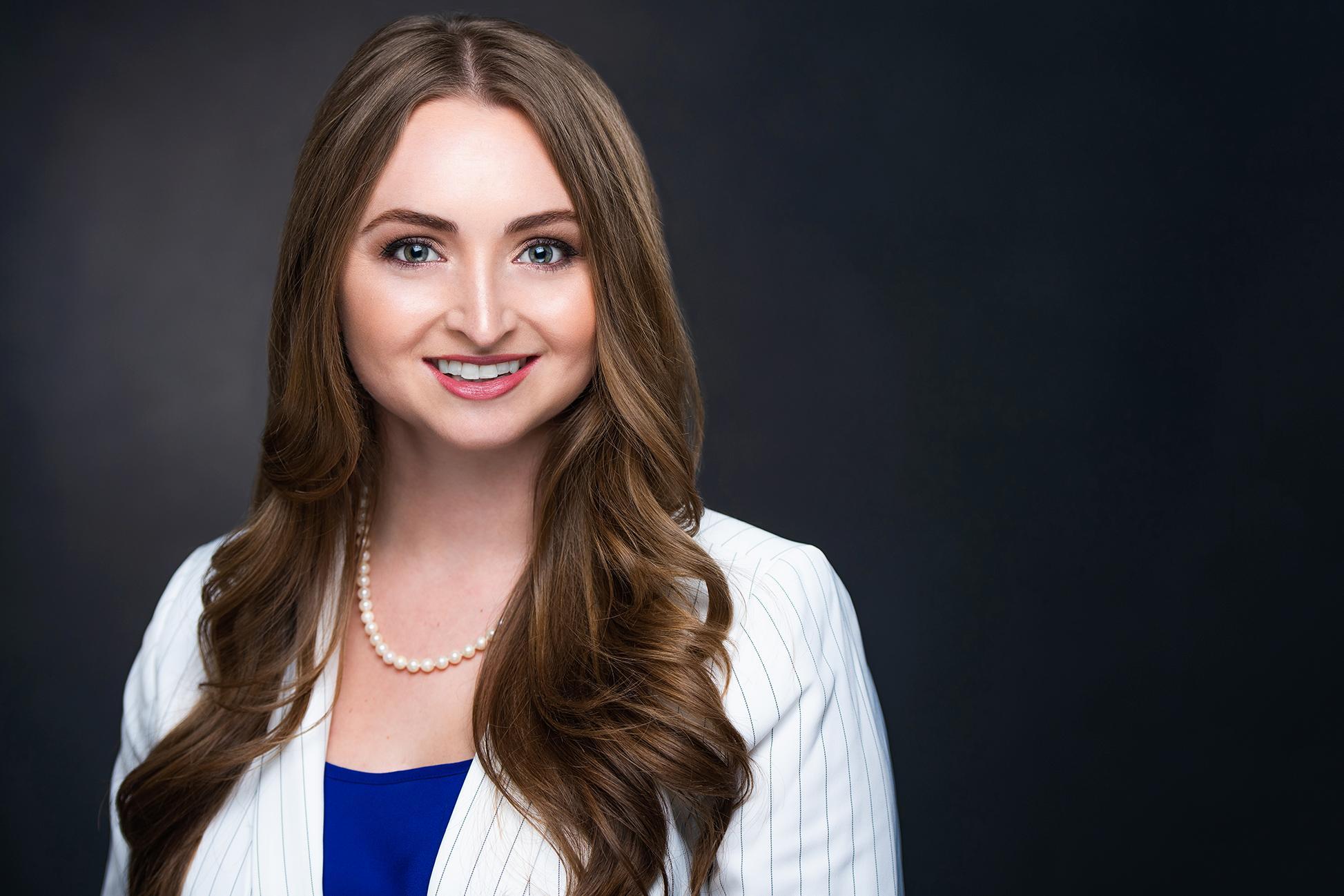 LAUREN ELIZABETH CRUMBAKER Financial Professional & Insurance Agent