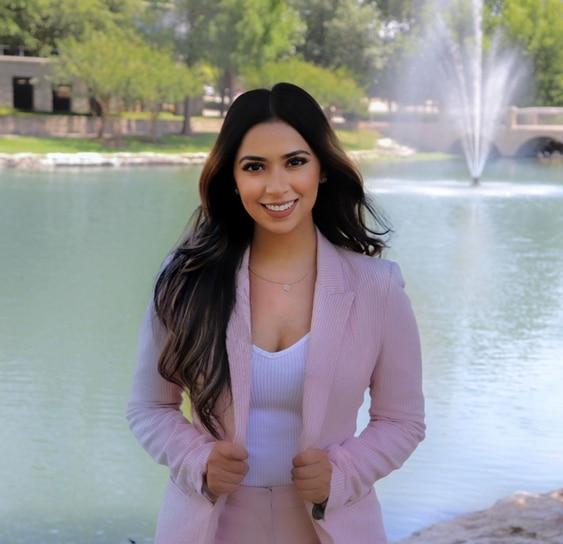 JAQUELINE ZERMENO RODRIGUEZ  Your Registered Representative & Insurance Agent