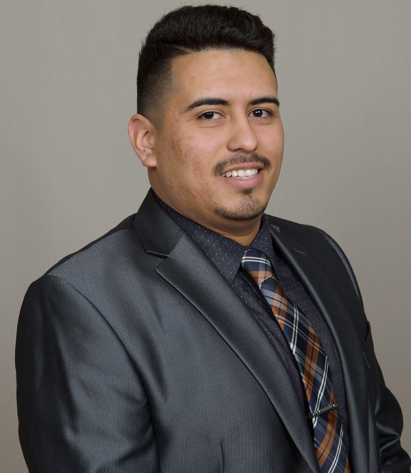 JOSE REYES  Your Financial Professional & Insurance Agent
