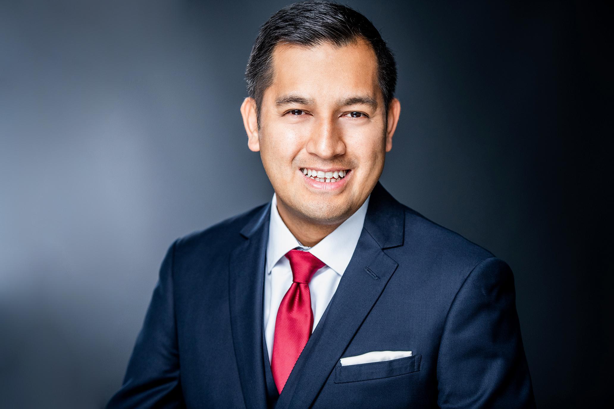 MANUEL SANTOS  Your Financial Professional & Insurance Agent