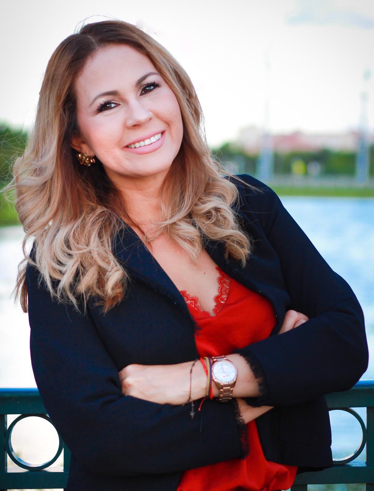 ALEXANDRA ARAGON GARRIDO Financial Professional & Insurance Agent