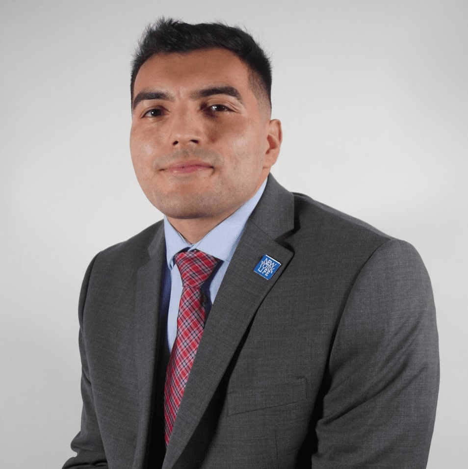 ANDREW T. NIEVES  Your Financial Professional & Insurance Agent