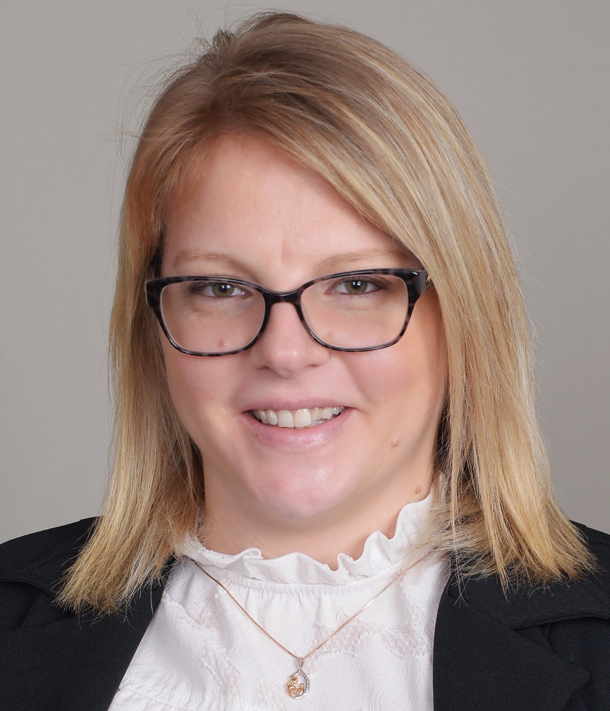 CHRISTINA BRADLEY Financial Professional & Insurance Agent