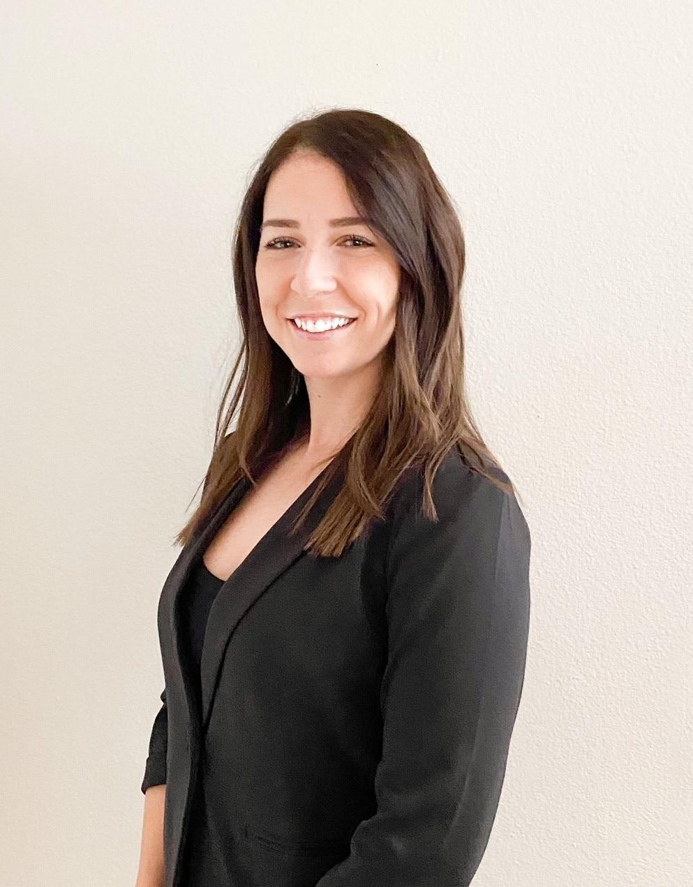MIA SARA HERRERA  Your Financial Professional & Insurance Agent