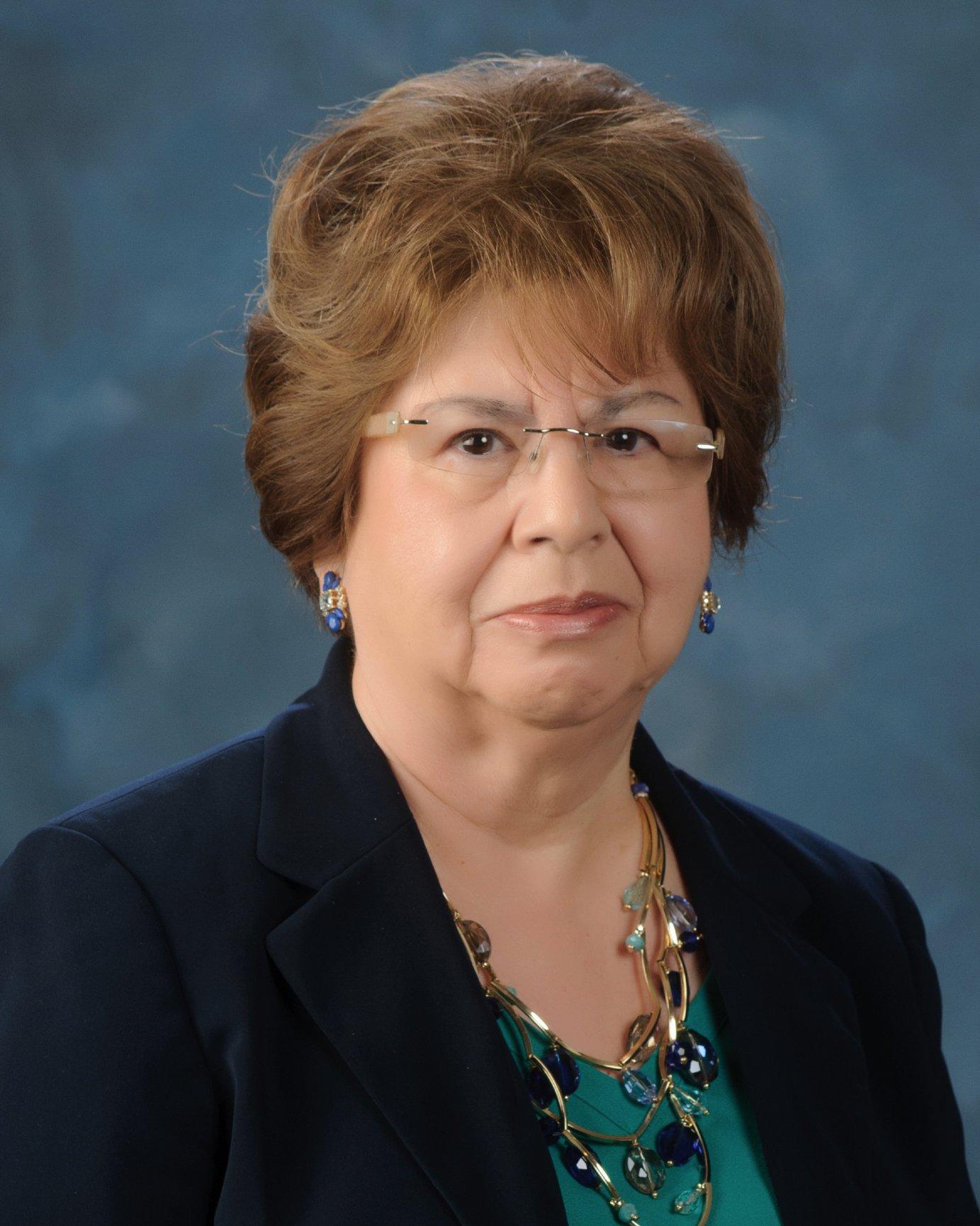 ELENA E. LEAL Financial Professional & Insurance Agent